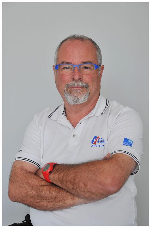 Guy LASSALLE, éducateur Voile